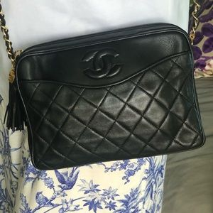 🧿Chanel vintage 80's stunning bag black lamb skin